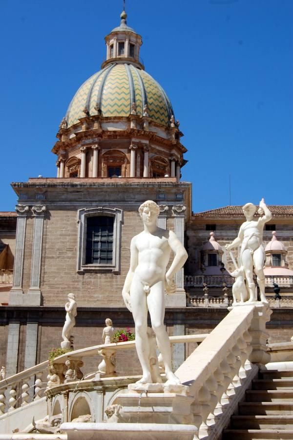Immagine Statua e cupola san Giuseppe