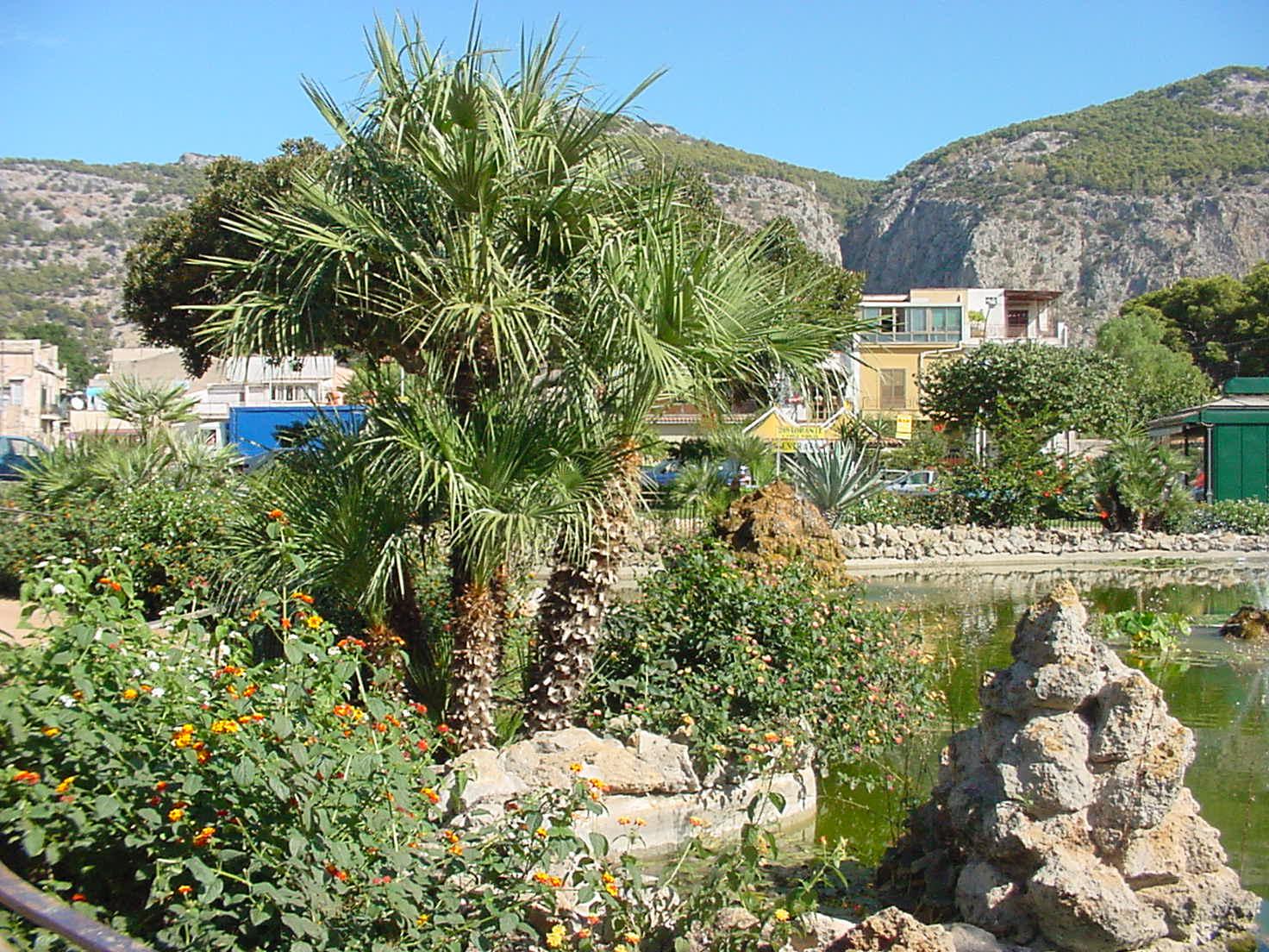 Immagine villa niscemi