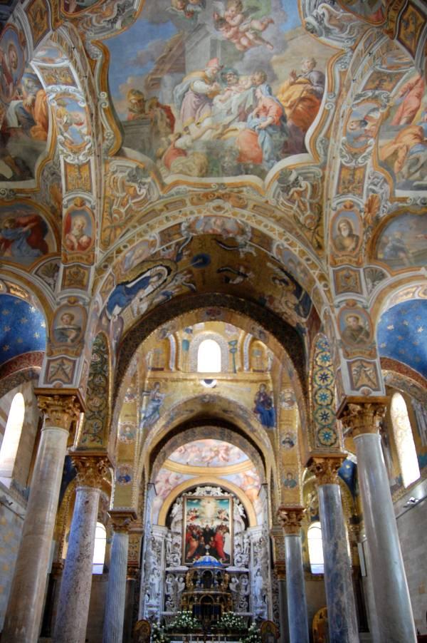 Immagine navata centrale
