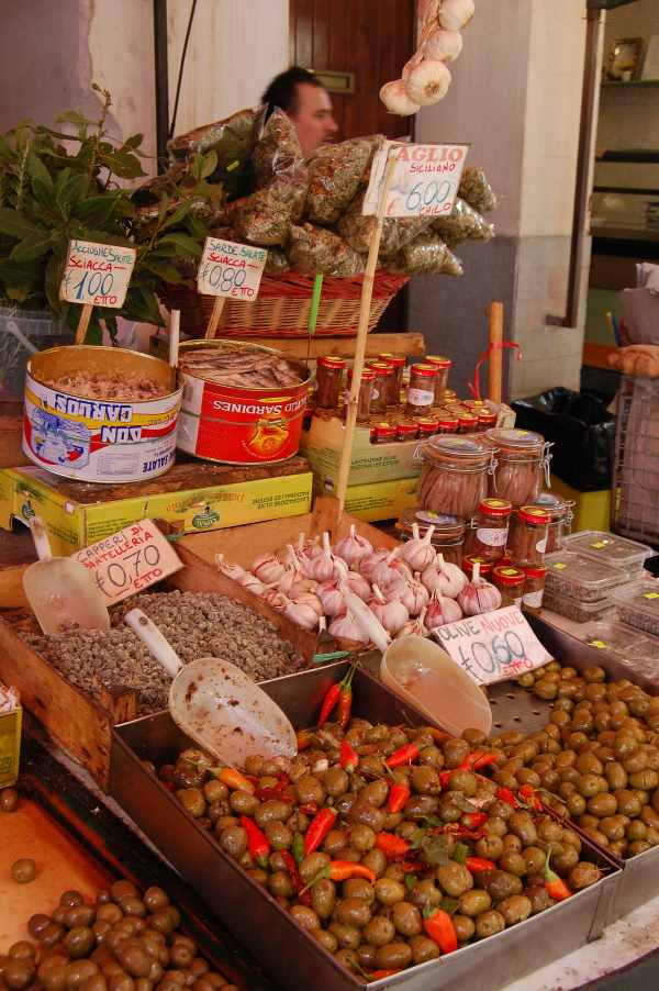 Immagine olive e aromi